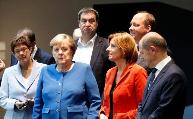 Stranki imata več kot dovolj dela v lastnih vrstah. V CDU se ukvarjajo tudi z vprašanjem, kako zagotoviti ponovno zmago na volitvah, ko se bo Angela Merkel poslovila. Foto Reuters