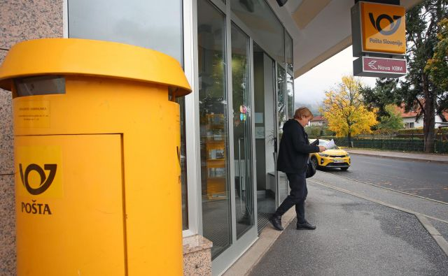 Akos je Pošti Slovenije letos izdal 28 odločb za zaprtje ali preoblikovanje pošt, sedemnajst vlog ima še na mizi. FOTO: Tadej Regent