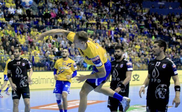 Celjani (na fotografiji strel Tilna Kodrina) so nazadnje za devet golov premagali Zagreb. FOTO: Roman Šipić