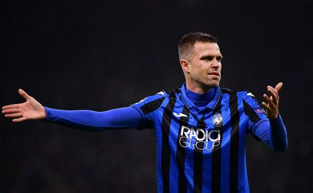 Josip Iličić je v sredo ustavil nalet Manchester Cityja, angleški prvaki bodo jutri v Liverpoolu naleteli še na močnejši izziv. FOTO: AFP