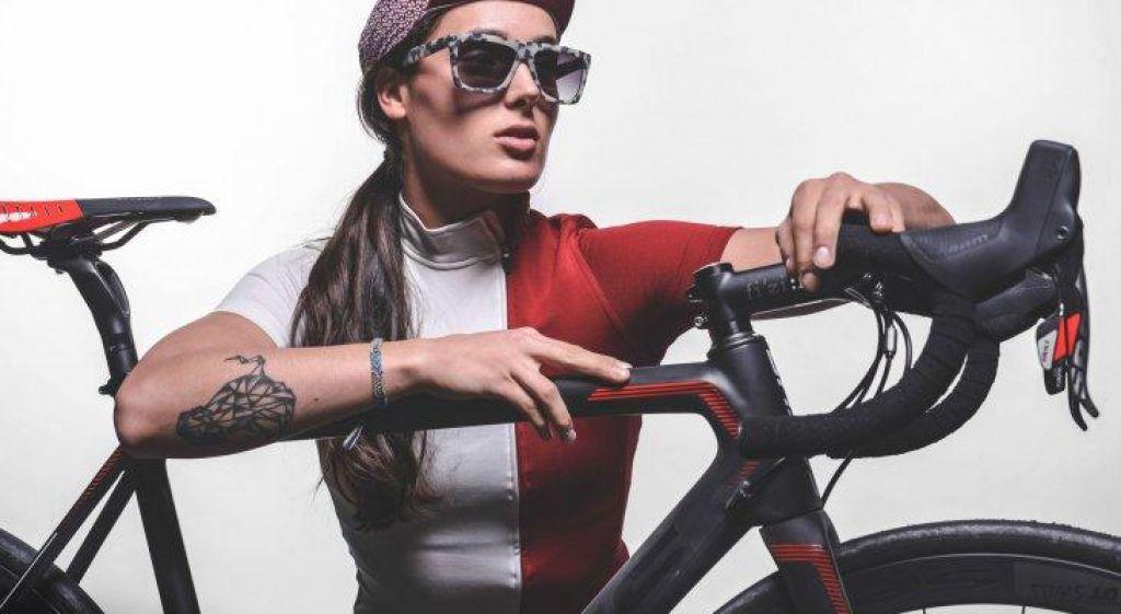 Mama kolesarka