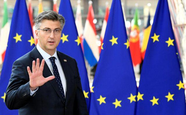 Po mnenju Plenkovića ni potrebno dramatizirati dejstva, da bo Vučić morda obiskal Hrvaško le dan potem, ko se bodo spomnili vukovarske tragedije. FOTO: Piroschka Van De Wouw/Reuters