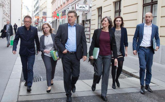 Na politično prizorišče so se zmagovalno vrnili Zeleni z vodjem Wernerjem Koglerjem. Foto AFP