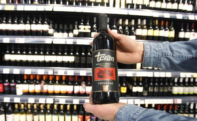 FOTO: Negotovo je, ali bo Slovenija lahko po sodni poti preprečila uporabo imena teran za vina iz hrvaške Istre. Leon Vidic/DELO