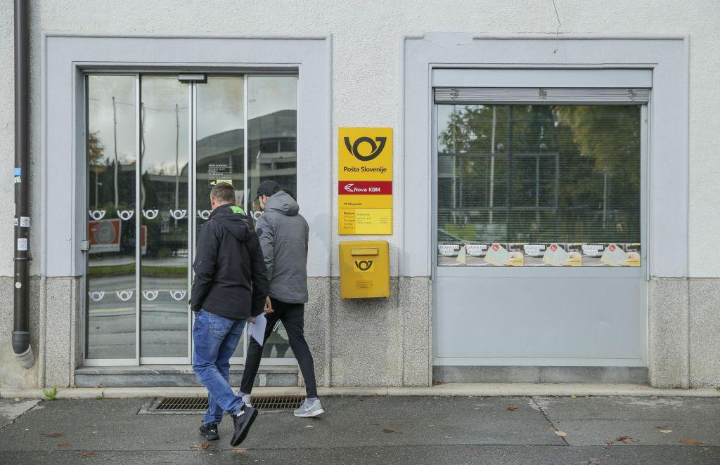 Pošta in sindikati bodo pogajanja nadaljevali jutri