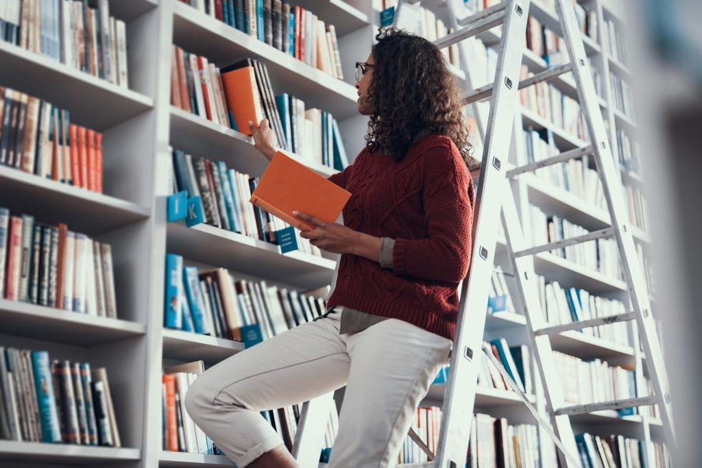 FOTO:Kako organizirati domačo knjižnico?