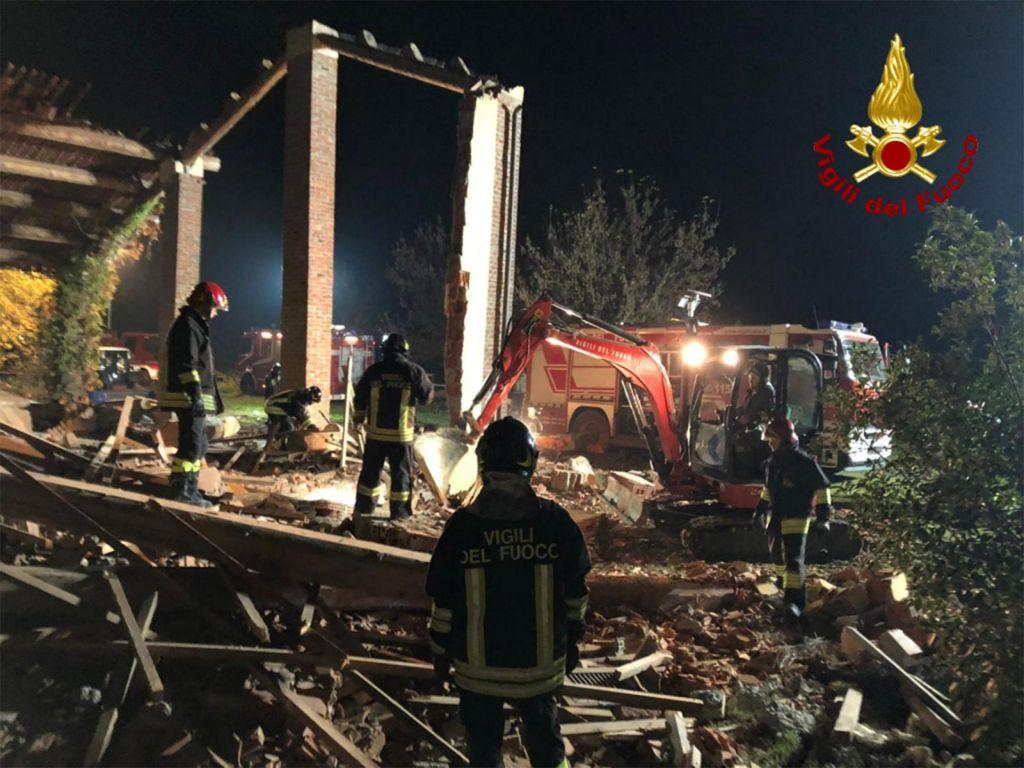 Trije gasilci umrli v eksploziji zaradi poskusa zavarovalniške goljufije