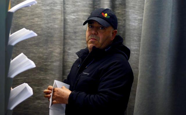 Glasovanje se bo na celinski Španiji zaključilo ob 20. uri, na Kanarskih otokih pa ob 21. uri po srednjeevropskem času. FOTO: Javier Barbancho/Reuters