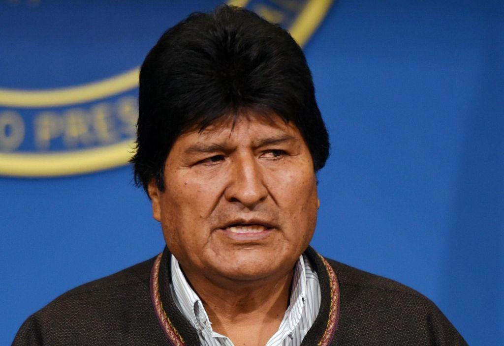 Bolivijski predsednik Evo Morales odstopil