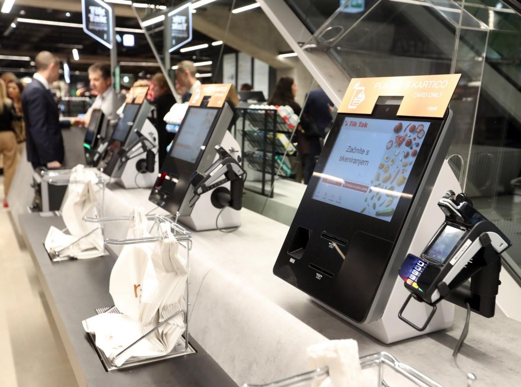 Tehnološke rešitve za sodobnejše nakupovanje