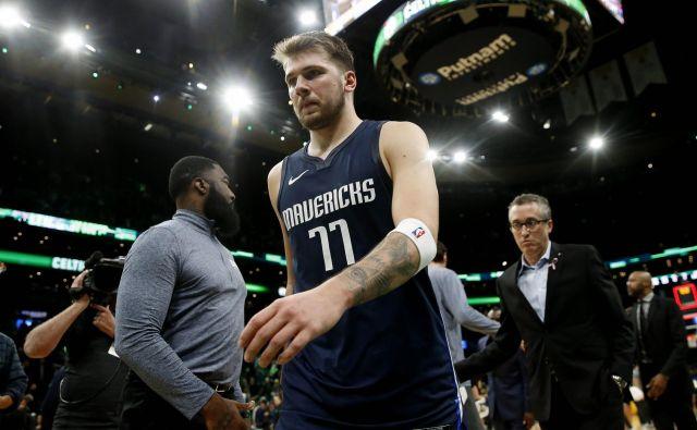 Luka Dončić je slabe volje zapuščal igrišče v Bostonu. FOTO: USA Today Sports