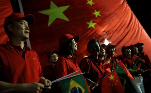 Znajo Evropejci vezati vozle iz svilenih niti, skozi katere se širi svetloba novega obdobja? FOTO: Adriano Machado/Reuters