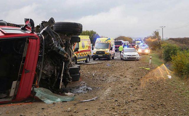 Nesreča se je zgodila na obrobju mesta Nitra, regionalne prestolnice, ki leži kakih 80 kilometrov vzhodno od slovaške prestolnice Bratislava. FOTO: AFP
