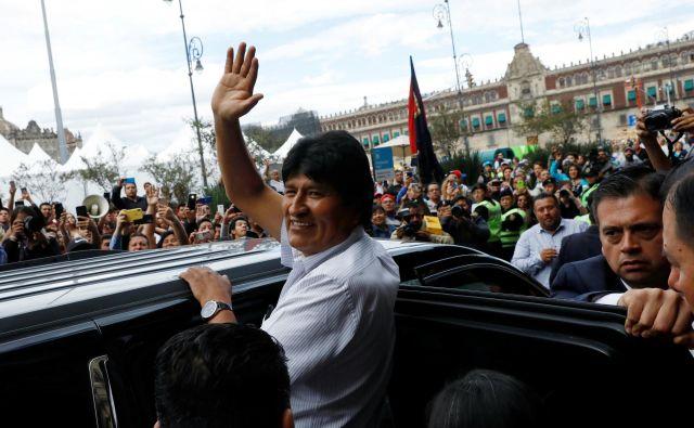 Morales je bil zanimiv zato, ker se je postavil po robu kapitalizmu in mu je dejansko uspelo iz revščine rešiti več milijonov sodržavljanov, in tudi trikratno povečati bruto domači proizvod. FOTO: Carlos Jasso/Reuters