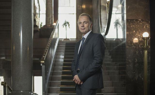 50-letni dr. Rajko Knez je ustavni sodnik postal leta 2017. Pred tem je bil dekan mariborske pravne fakultete in strokovnjak za pravo Evropske unije.<br /> Foto Leon Vidic