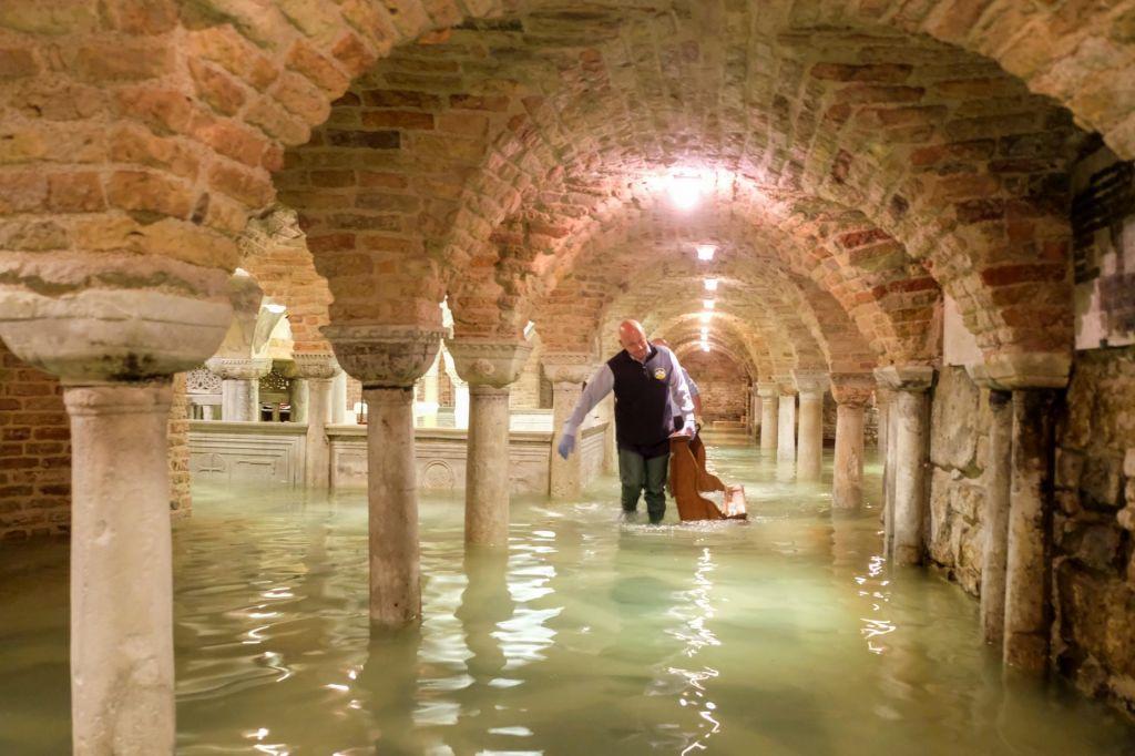 FOTO:Baziliko svetega Marka poplavilo šestič v zadnjih 1200 letih