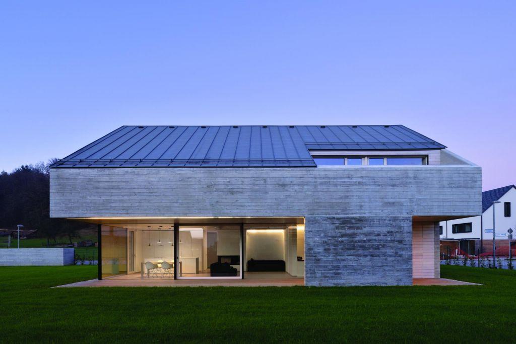 FOTO:Lesena hiša – iz betona