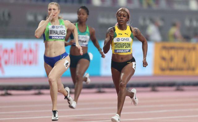 Maja Mihalinec je zablestela na vrhuncu sezone, saj je na SP v Dohi osvojila 12. mesto na 200 metrov, pri tem pa kar dvakrat izboljšala osebni rekord. FOTO: AFP