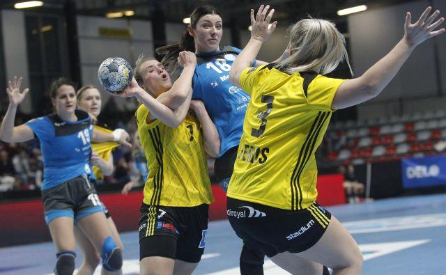 Nina Zulić je Krim dolgo držala v igri za zmago, vendar ni imela dovolj pomoči soigralk. FOTO: Mavric Pivk/Delo