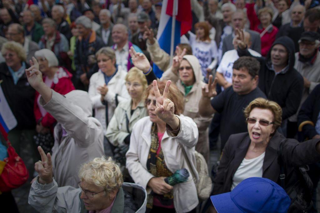 FOTO:Bo Janez Janša »pravico« našel v Evropi?