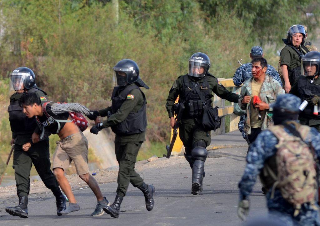 FOTO:V nasilju v Boliviji ubitih pet ljudi