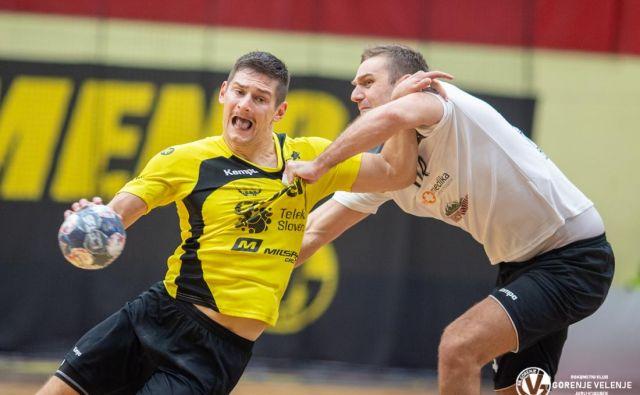 Metalurgovi igralci so imeli veliko težav, da so ustavili Aleksa Kavčiča. FOTO: RK Gorenje/Jurij Vodušek