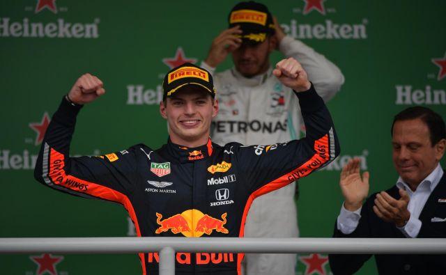 Max Verstappen se je takole veselil zmage v Sao Paulu. FOTO: AFP