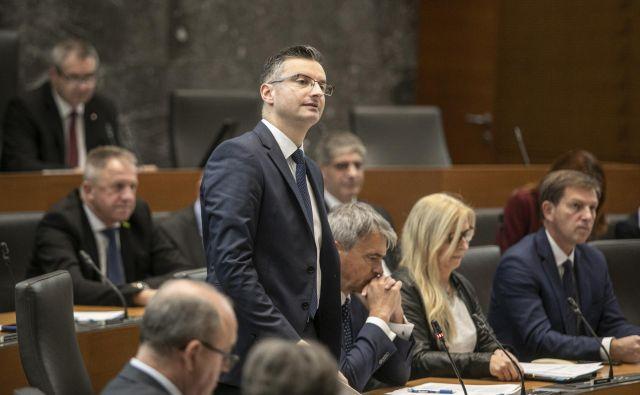 Vsak predsednik stranke je po Šarčevih besedah odgovoren za svoje poslance. FOTO: Voranc Vogel/Delo