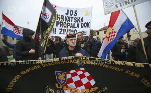 Letošnjo slovesnost je namesto sporov veteranov z oblastjo zaznamovala predsedniška kampanja. FOTO: Antonio Bronić/Reuters