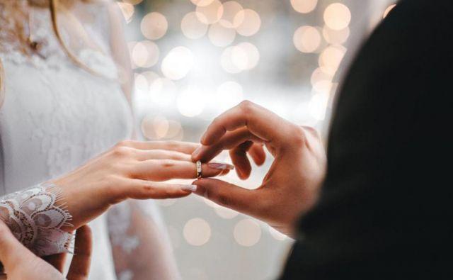 Vse manj se jih odloči za zakonski stan. Foto Shutterstock