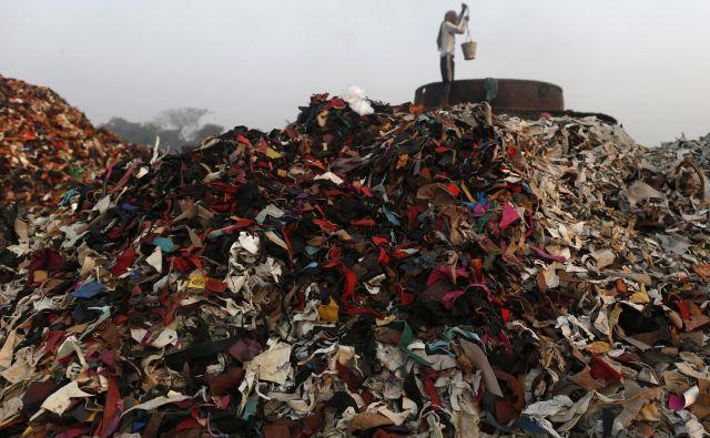 Na globalni ravni se reciklira manj kot odstotek tekstila. FOTO: Reuters