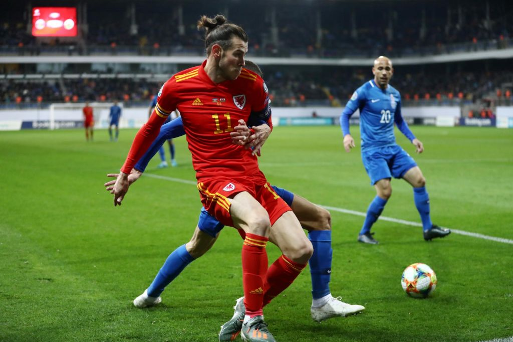 Gareth Bale: Wales, golf, EP in Manchester Utd