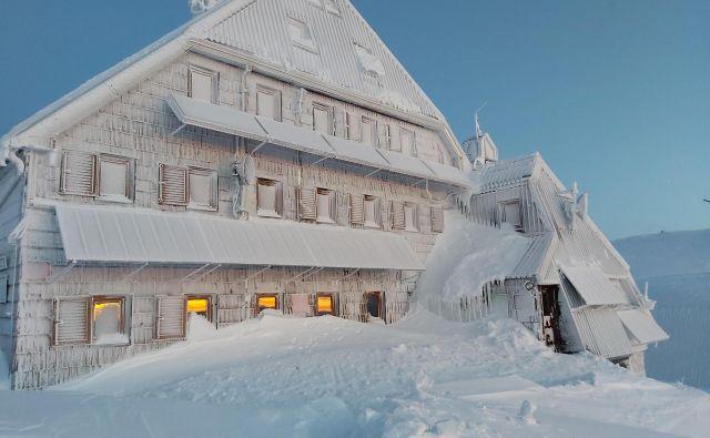 Zimska pravljica na Kredarici. FOTO: Jože Senica