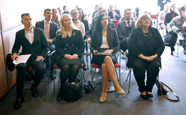 Koalicija proti gospodarskemu kriminalu ob mednarodnem tednu ozaveščanja o prevarah je široka. FOTO Bla�ž Samec/Delo