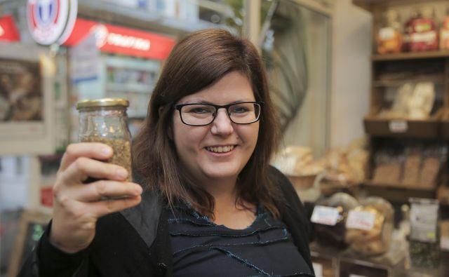 Sabina Čarman uveljavlja načela življenja brez odpadkov. FOTO: Jože Suhadolnik
