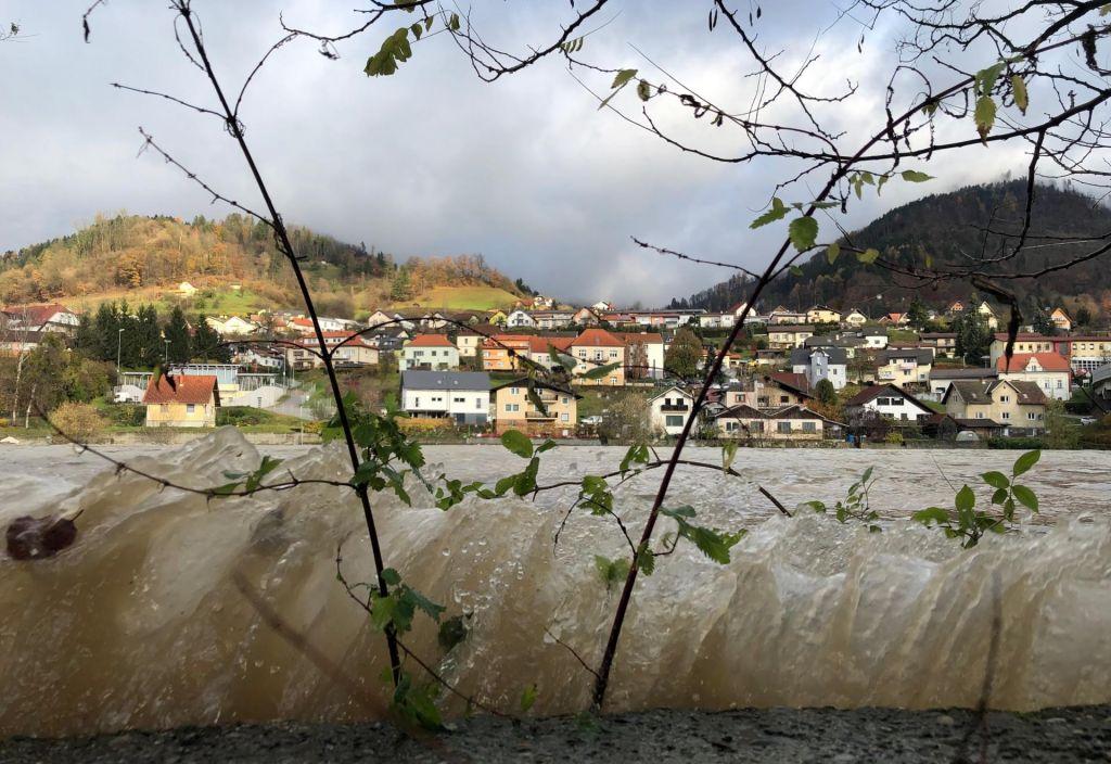FOTO:V Dravogradu se je oglasila sirena in naznanila konec nevarnosti poplav