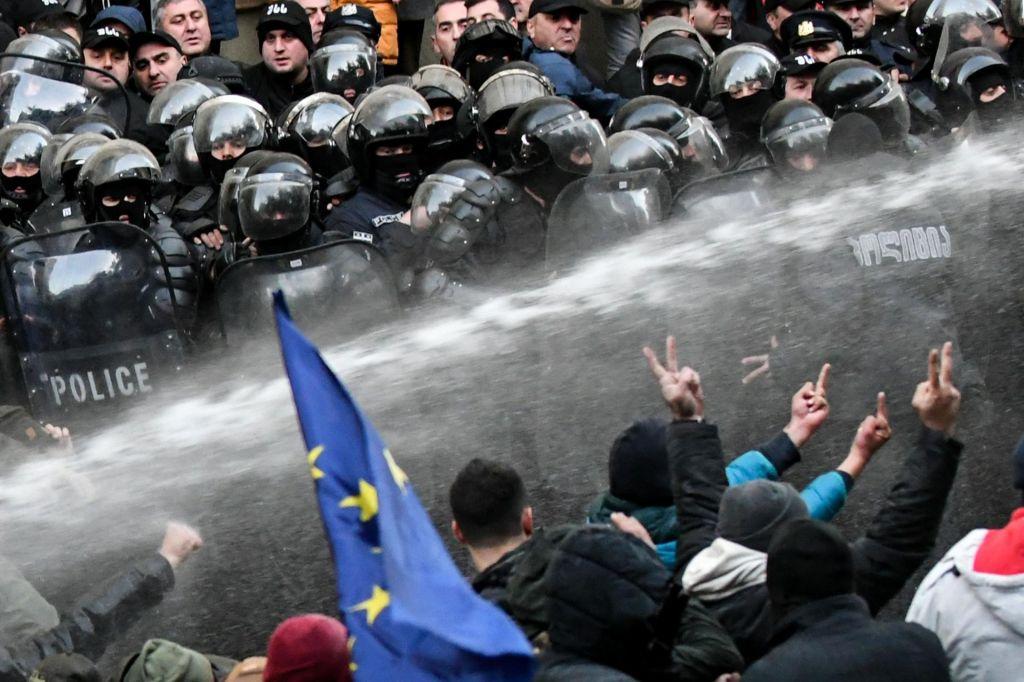 FOTO:Fotografije dneva (19. 11.)
