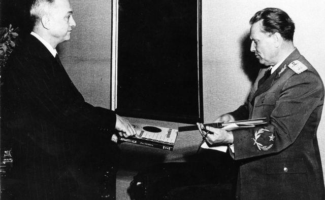Srečanje Louisa Adamiča in Josipa Broza Tita leta 1949 v Beogradu. FOTO: arhiv Dela