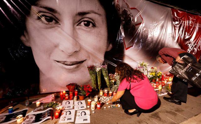 Daphne Caruana Galizia je umrla v atentatu oktobra leta 2017. FOTO: Darrin Zammit Lupi/Reuters