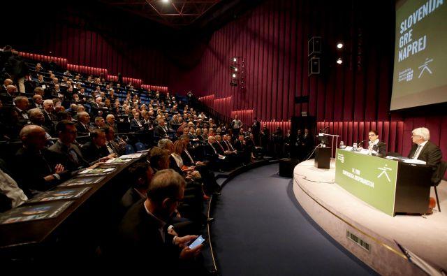 Na Vrhu slovenskega gospodarstva je bil govor tudi o izzivih v Nemčiji.<br /> Foto Roman Šipić