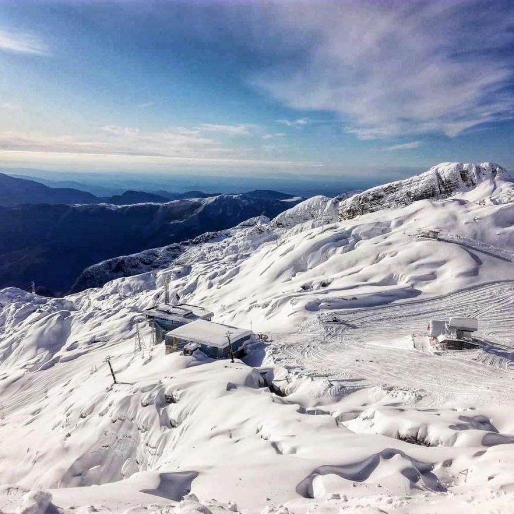 FOTO:Snega na Kaninu dovolj za vso zimo