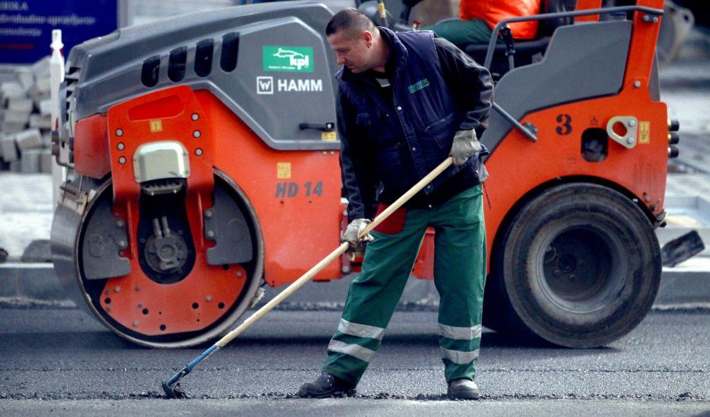 Sodelovanje v javnih naročilih dovoljeno tudi za kršitelje delovnopravne zakonodaje