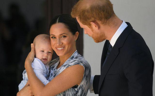 Princ Harry, Meghan Markle in Archie bodo v prihodnosti živeli v Veliki Britaniji, ZDA in Afriki. FOTO: Toby Melville, Reuters