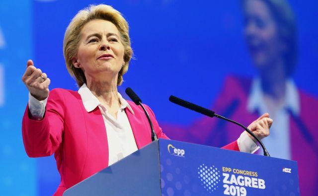 Ursula von der Leyen je včeraj nastopila na kongresu EPP v Zagrebu. Napovedala je, da bo evropsko komisijo vodila v duhu evropskih vrednot. FOTO: Antonio Bronic/Reuters