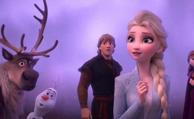 V drugem delu se Elza, Ana, Krištof in Olaf<strong> </strong>podajo na nevarno potovanje globoko v gozd. FOTO: IMDB