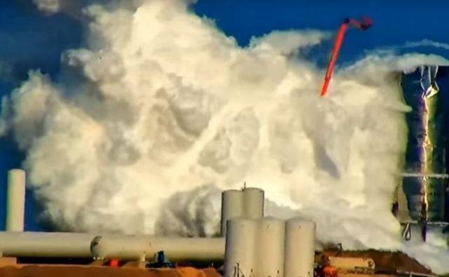 Prototip Mk-1 je končal v oblaku uparjenega goriva. FOTO: Youtube/Labpadre