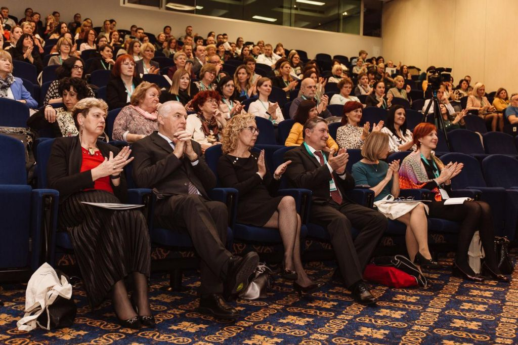 Slovenija bi morala več vlagati v izobraževanje in veščine odraslih