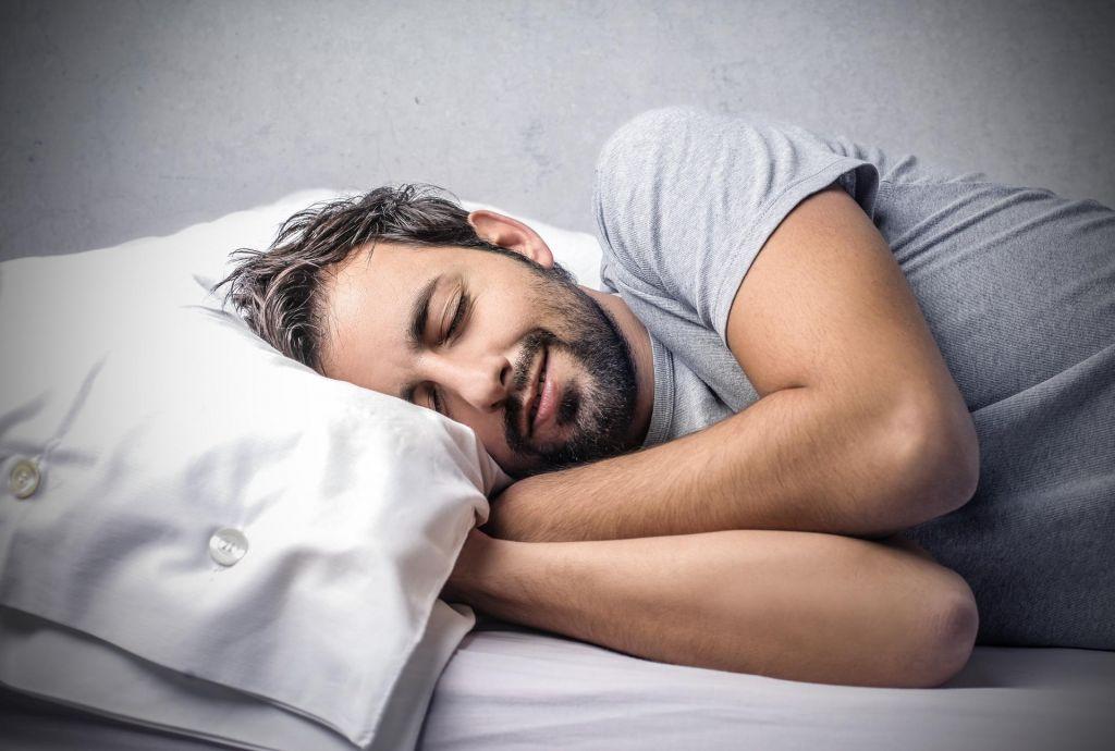 Vas pomanjkanje spanja spravlja v stres?