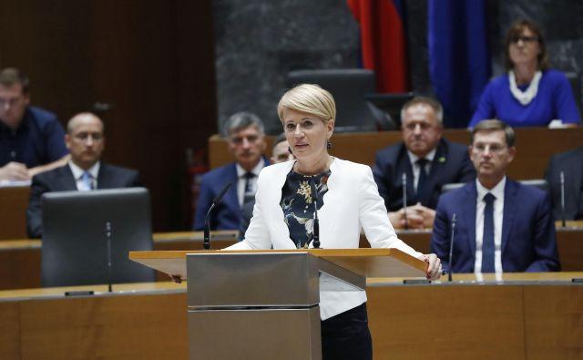 Aleksandra Pivec bo danes znova v državnem zboru, kjer bo zavrnila očitke glede projekta Sript. FOTO: Leon Vidic/Delo