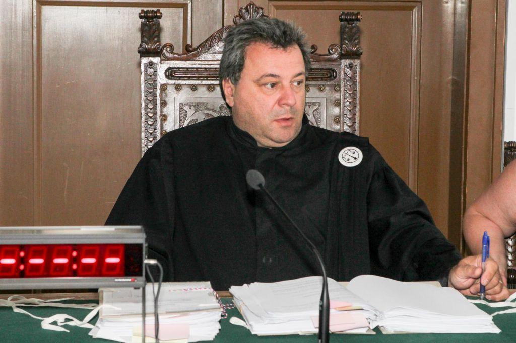 Sodnik Radonjić odgovarja Krivicu in Toplaku